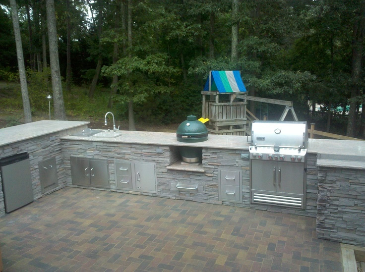 outdoor kitchens and gilling stations